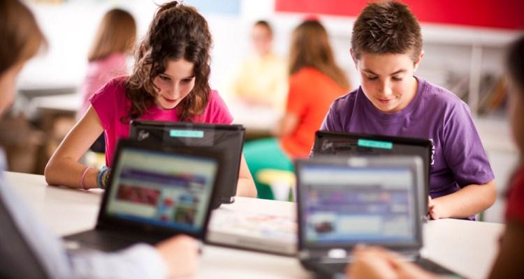 4 Peluang Bisnis Online Untuk Mahasiswa